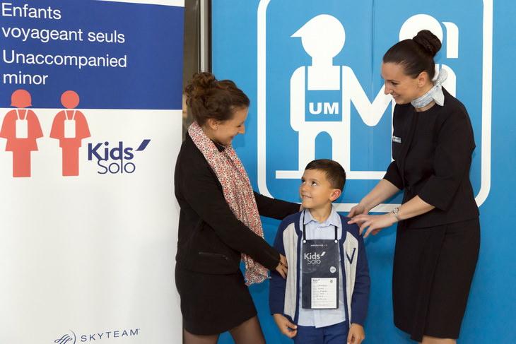 Сопровождение ребенка в самолете