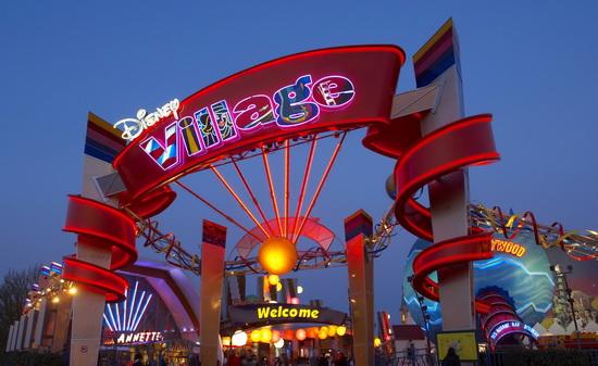 Disney Village в парижском Диснейленде