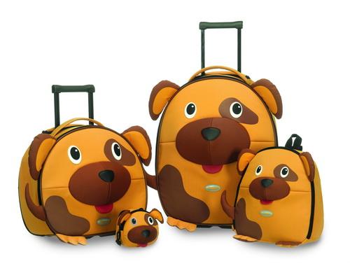 Детский чемодан или рюкзак на колесах - что выбрать?