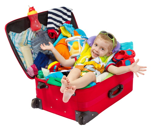Рюкзаки-игрушки или детские чемоданы – что взять в дорогу?