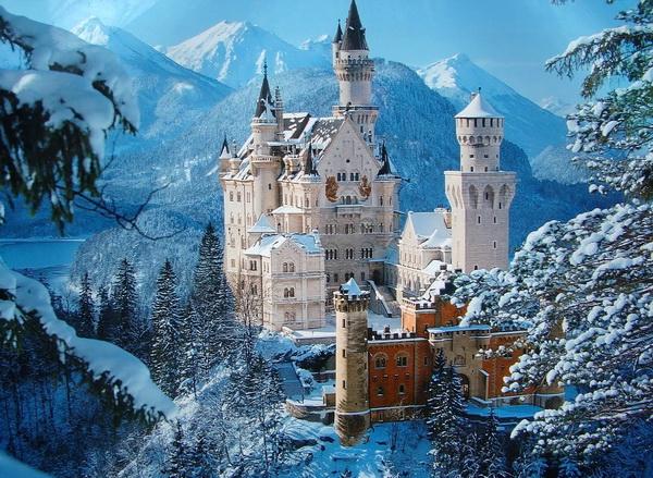 Замок Нойшванштайн в Германии. «Лебединый замок»