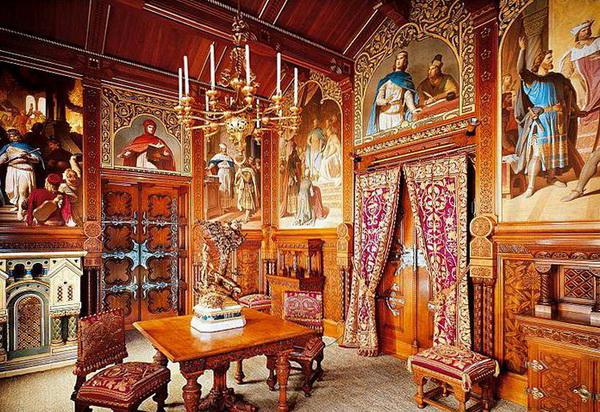Внутреннее убранство замка Нойшванштайн