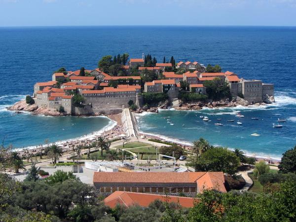 Куда поехать без визы? Черногория