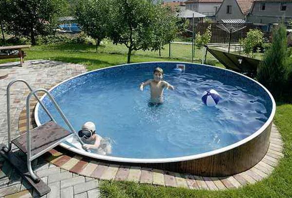 Каркасный бассейн для детей на даче