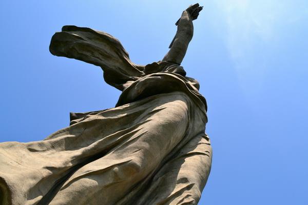 Статуя «Родина-мать зовет!». Вид с подножия статуи