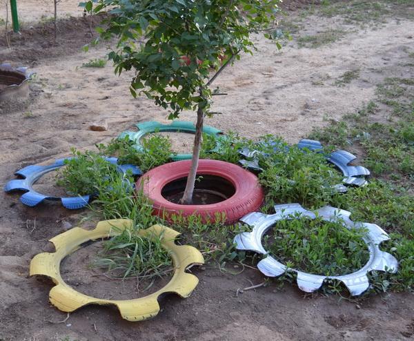 Оформление игровой площадки для детей на даче