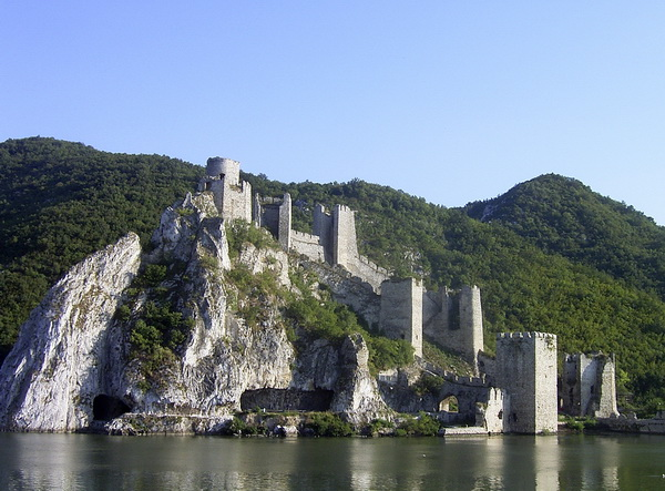 Безвизовые страны Европы для граждан России. Сербия