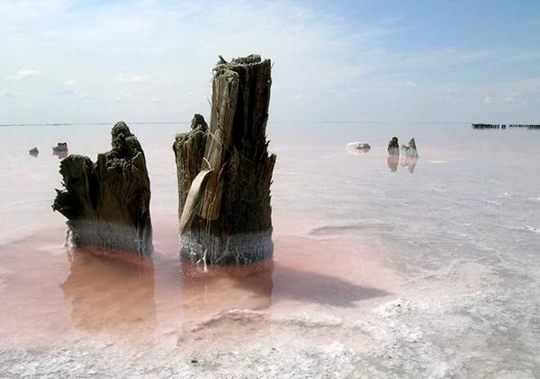 Остатки купальни Екатерины Великой на озере Эльтон