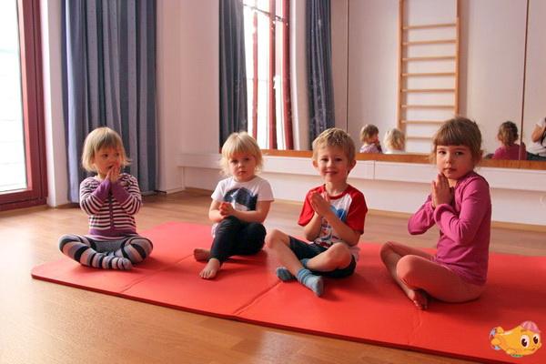 отдых с дирижабликом йога для детей