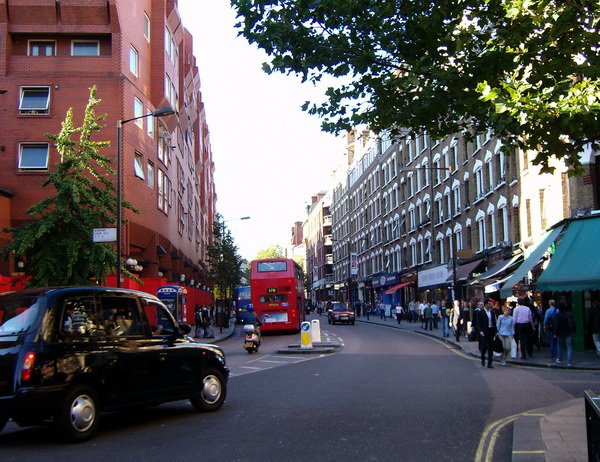 Charing Cross Road Чаринг Кросс Роуд Лондон
