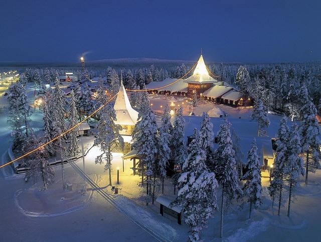 Деревня Санта-Клауса в Лапландии Рованиеми Финляндия