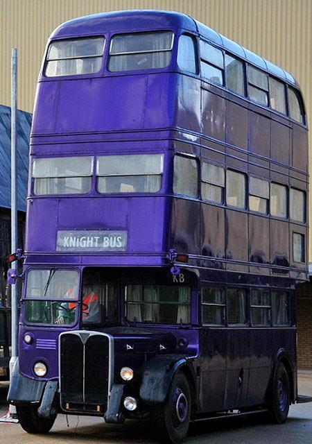 Трехэтажный автобус из фильмов о Гарри Поттере