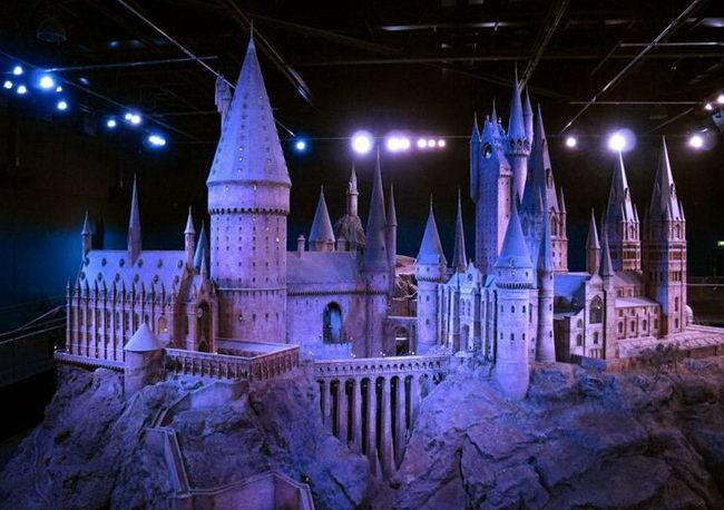 Макет замка Хогвартс на киностудии Warner Bros.