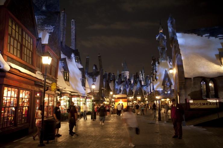волшебный мир гарри поттера хогсмид вечером