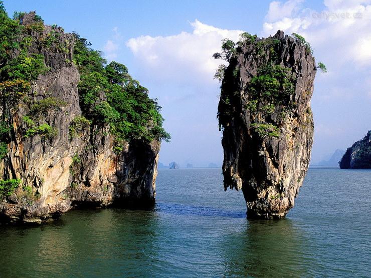 Куда можно поехать с детьми в марте? таиланд