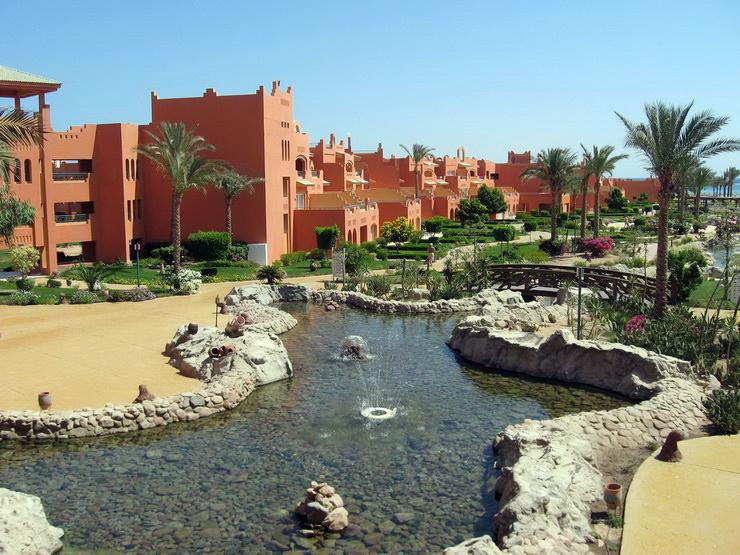 Отели Шарм-эль-Шейха для семейного отдыха с детьми: Coral Sea Holiday Village