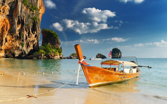 Куда поехать с детьми в апреле? Таиланд
