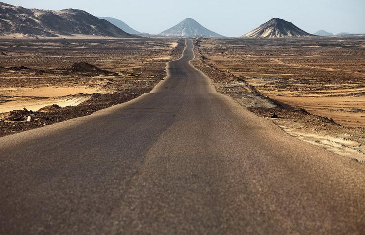 Черная пустыня Египет