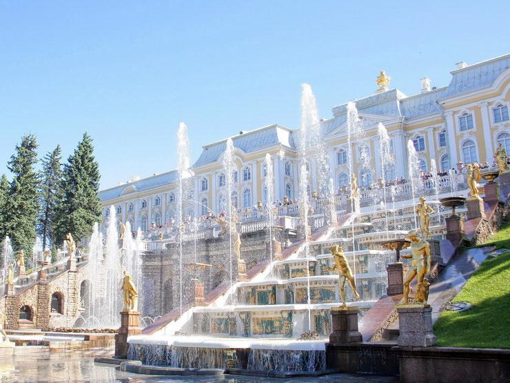Фонтаны Санкт-Петербург. Отдых с детьми в мае