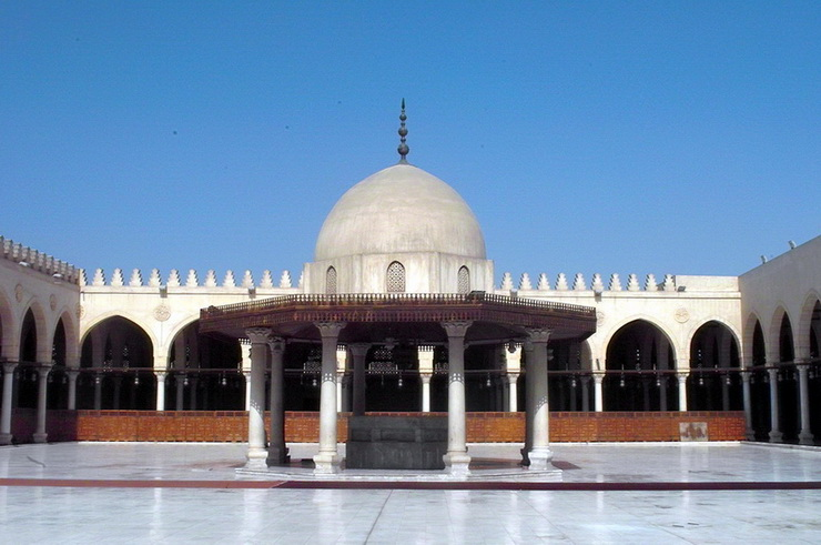 Мечеть Амр ибн аль-Ас в Каире, Египет
