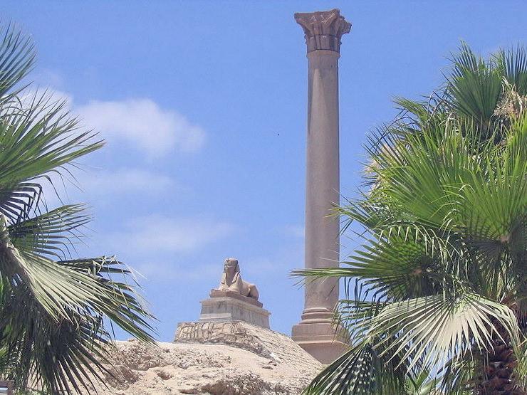 Колонна Помпея, Александрия, Египет