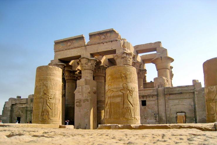 Храм Хора и Себека в Ком-Омбо, Египет