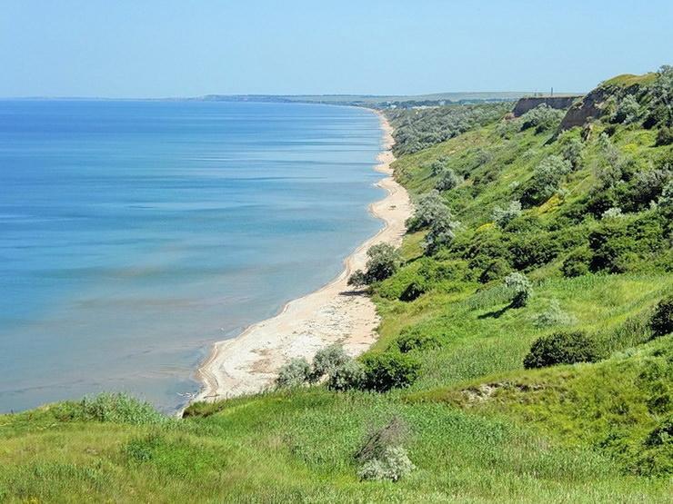 Поселок Кучугуры на Азовском море