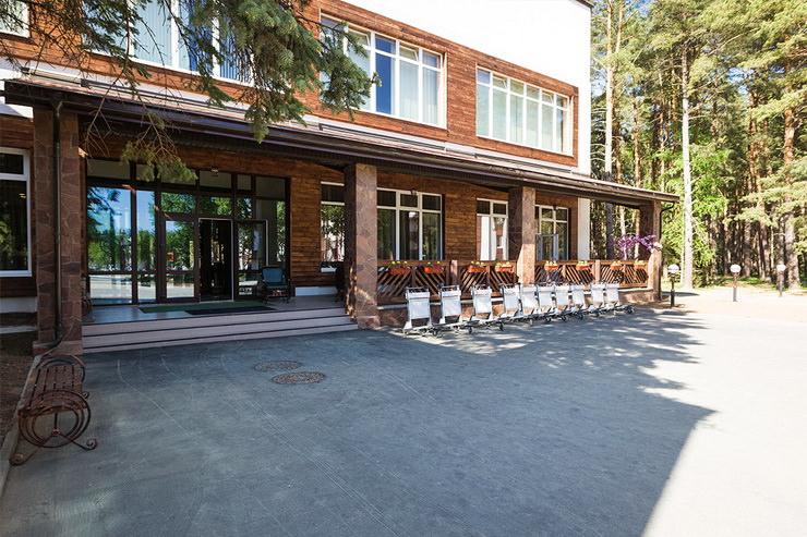 Парк-отель «Яхонты» заповедник Таруса»
