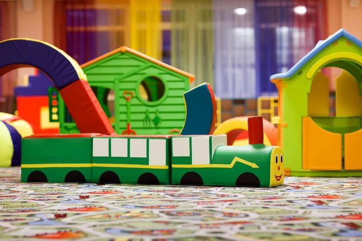 Детская игровая комната в парк-отеле «Яхонты» заповедник Таруса»