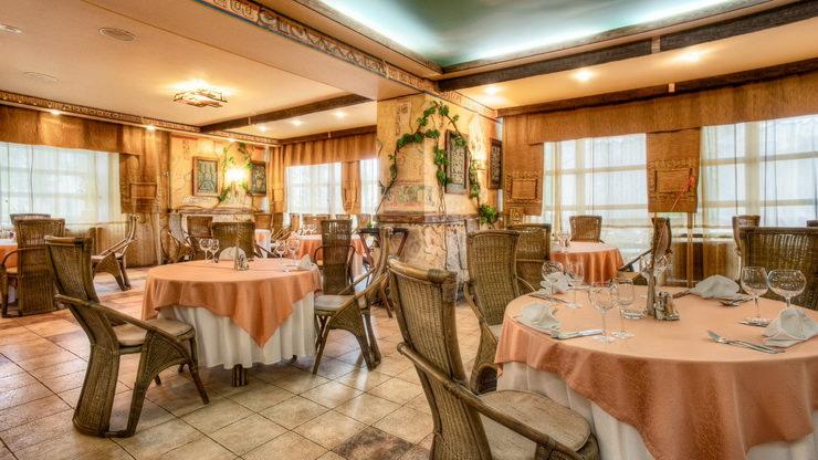 Ресторан в подмосковном парк-отеле «Кранкино»