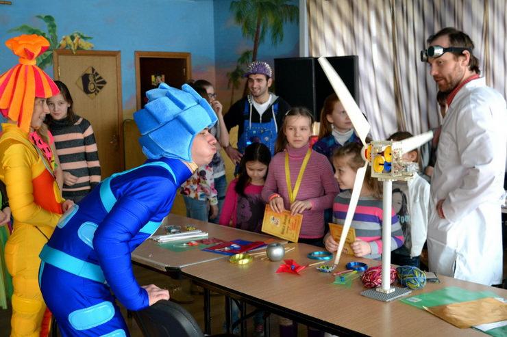 Занятия в арт-студии и в «Академии волшебства»
