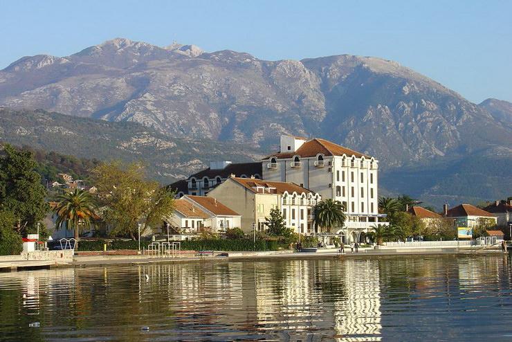 Тиват, Черногория. Где отдохнуть с детьми в августе?