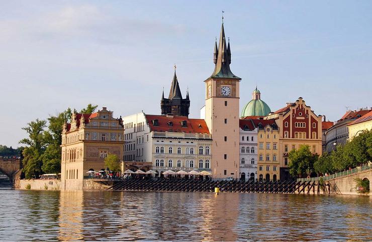 Где отдохнуть в октябре с детьми? Прага, Чехия