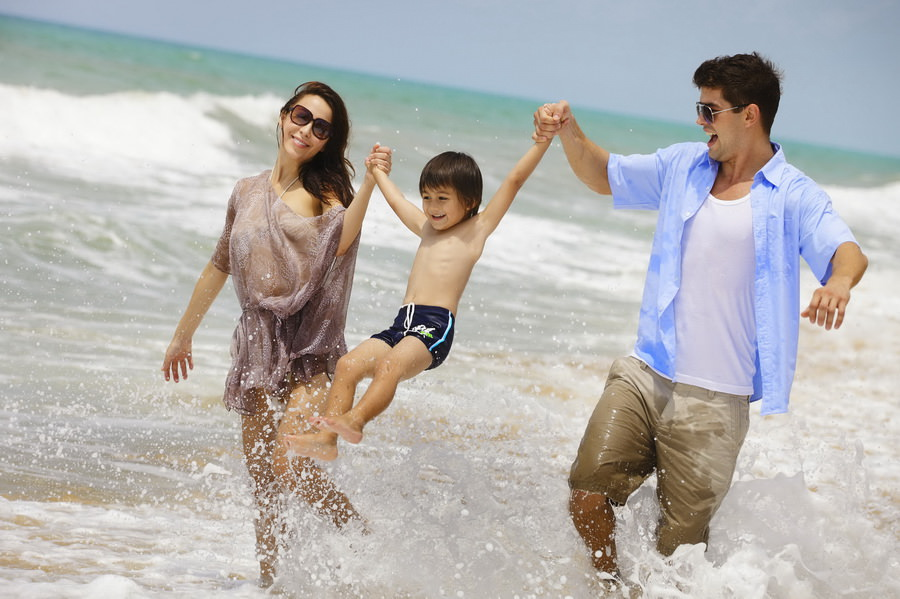Бюджетные пляжные направления для зимнего семейного отдыха