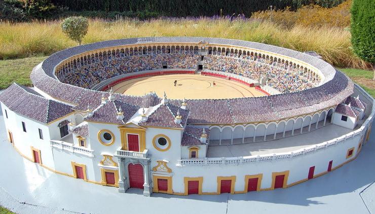 Арена для боя быков в Севилье, Мини Европа в Бельгии