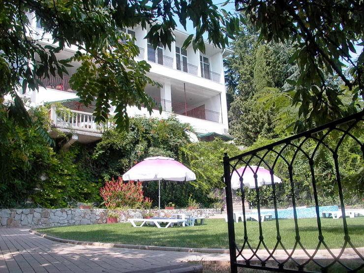 Отель «Сказка» (Алушта)
