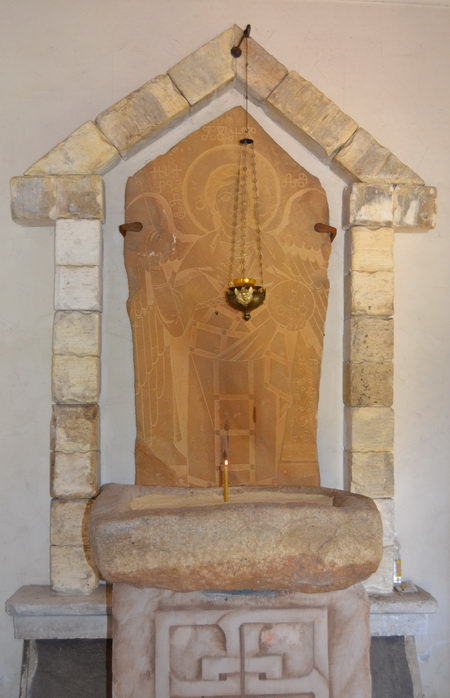 Церковь Михаила Архангела в Ерзовке. Святой источник