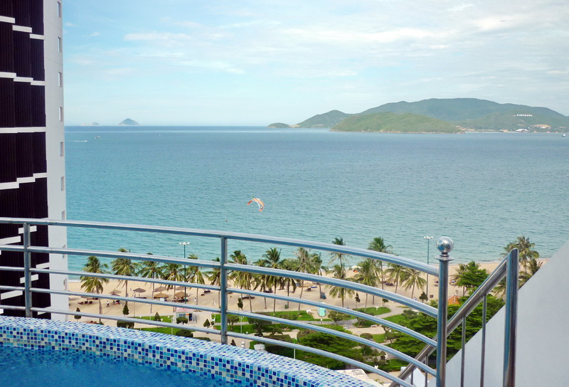 отель Diamond Bay Resort and Spa 4*