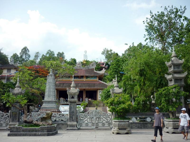 пагода Long Son. Нячанг