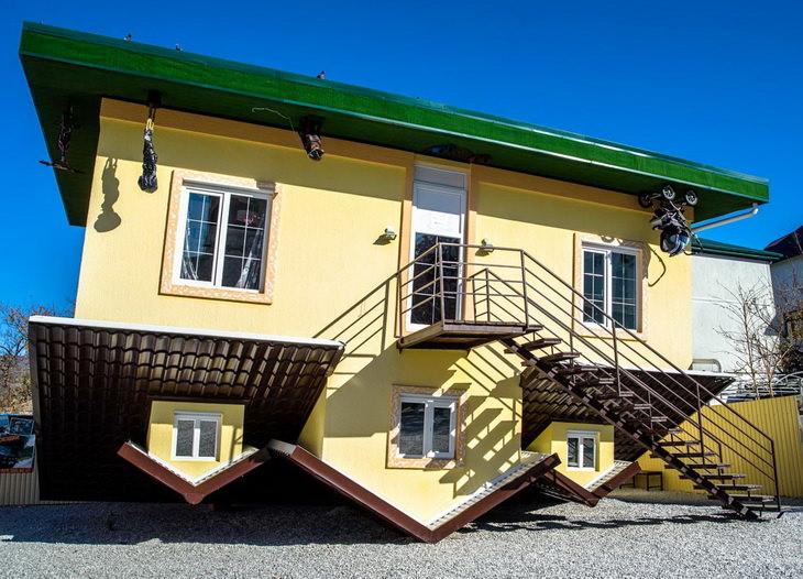 Перевернутый дом в Кабардинке