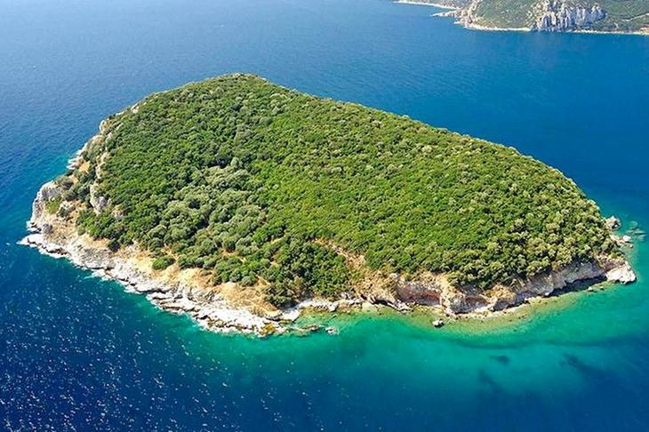 luchshie-ostrova-gretsii-dlya-otdyha-s-detmi