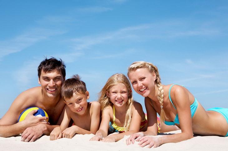 Голый пляж - Нудисты голышом на пляжах мира