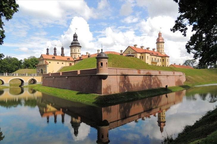 zamok-belorussiya
