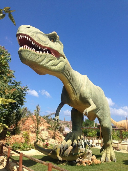 krit-dinosauria-park