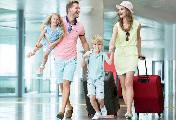 Но все-таки есть и среди нас счастливчики, которые умеют собрать свой  чемодан, буквально, за полчаса или вовсе едут без чемодана, если это  краткосрочная ... 3b0debdb72d