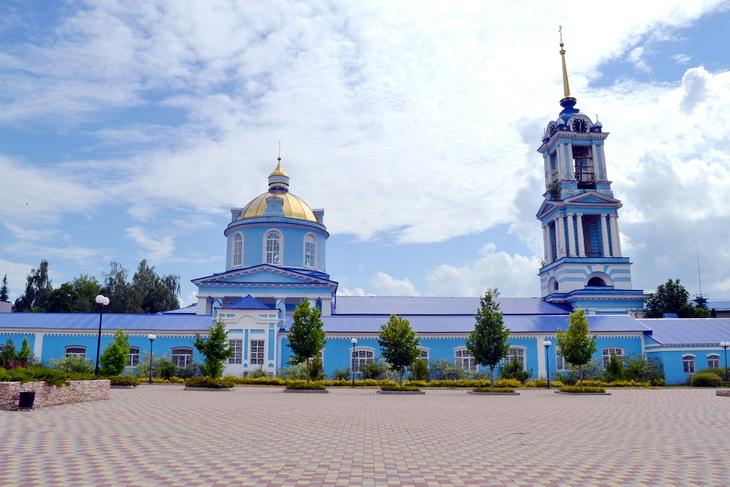 Собор Успения Пресвятой Богородицы в Задонске