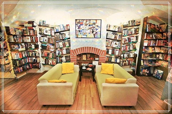 Книжный магазин в Санкт-Петербурге