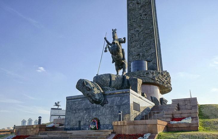 Парк Победы Поклонная гора в Москве