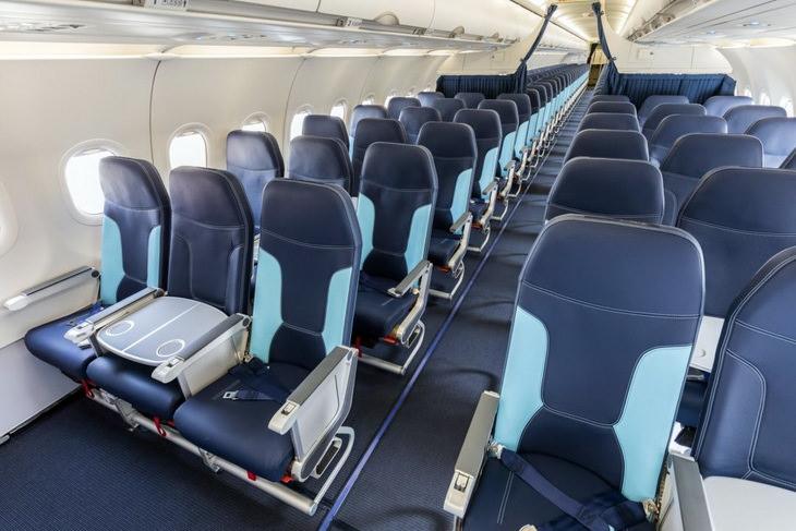 Кресла в самолете эконом класса