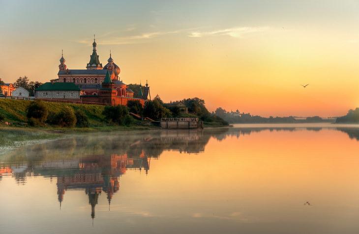 Старая Ладога. Никольский мужской монастырь